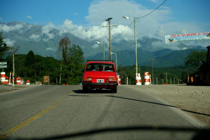 Saída de San Salvador de Jujuy.